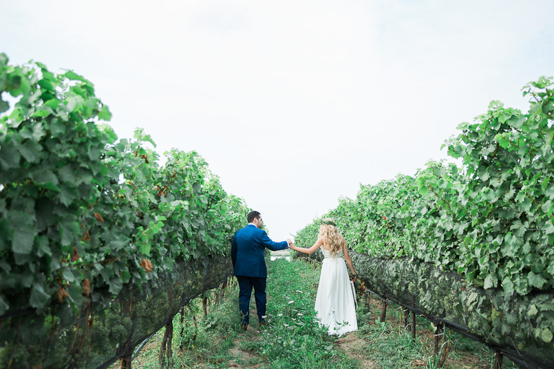 ravine vineyard niagara wedding photography 069