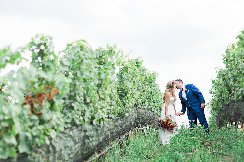 ravine vineyard niagara wedding photography 071