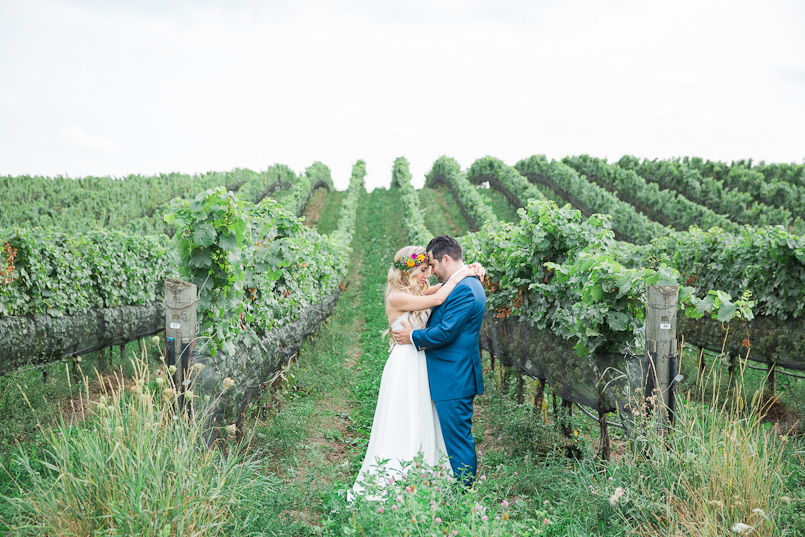 ravine vineyard niagara wedding photography 073