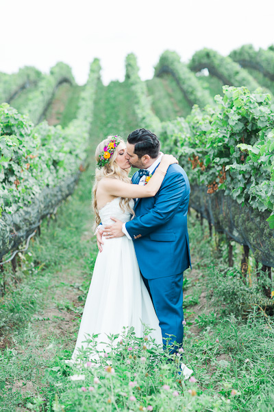 ravine vineyard niagara wedding photography 075