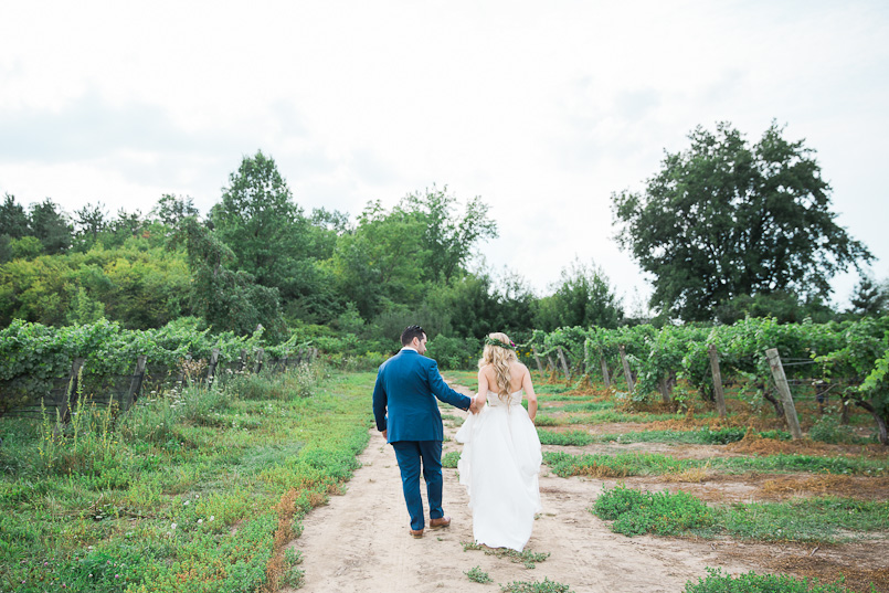 ravine vineyard niagara wedding photography 076