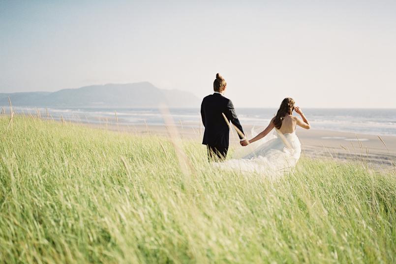 pacific northwest beach wedding elopement 005
